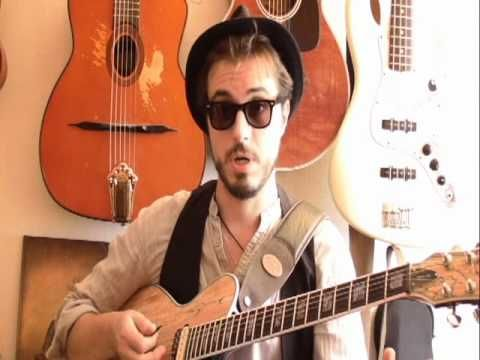 ▶ Sweet home Chicago (version Blues Brothers) - Cours guitare electrique - YouTube