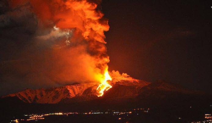 Volcán Etna en erupción: Sicilia 2013