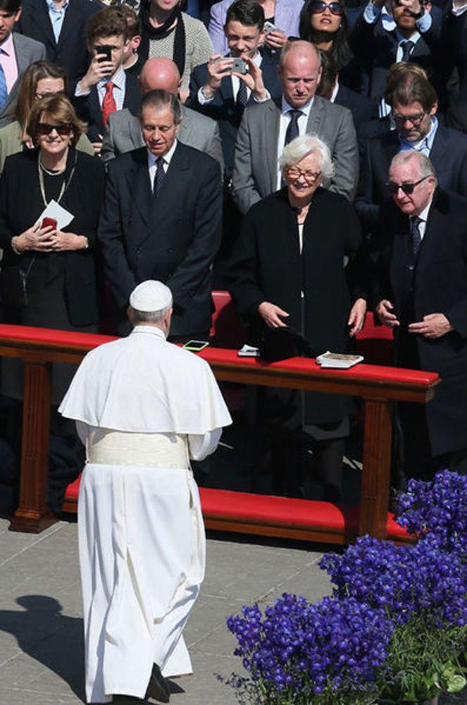 L'ancien roi des Belges Albert II et son épouse l'ancienne reine Paola ont vécu la Semaine sainte au Vatican où ils ont rencontré le pape François.