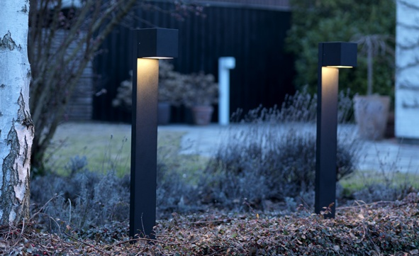 CUBE XL Stand Outdoor for residential use.    Design: Ronni Gol    www.light-point.dk
