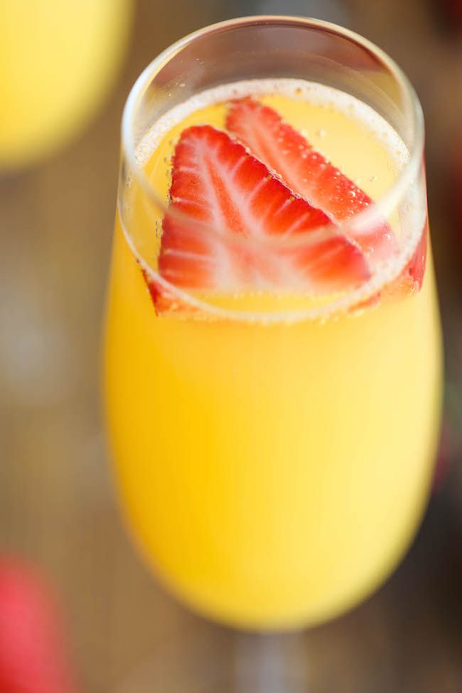 Best 25 strawberry mimosa ideas on pinterest strawberry for Mix drinks with wine