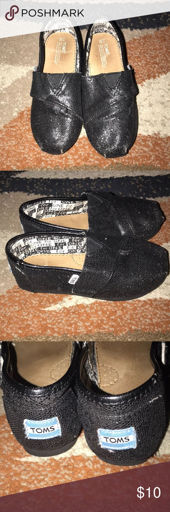 Toddler girl glitter TOMS Toddler girl glitter TOMS. Authentic and in good condition. Shoes does have scuffs at the tip of both shoes (see pictures above) Toms Shoes