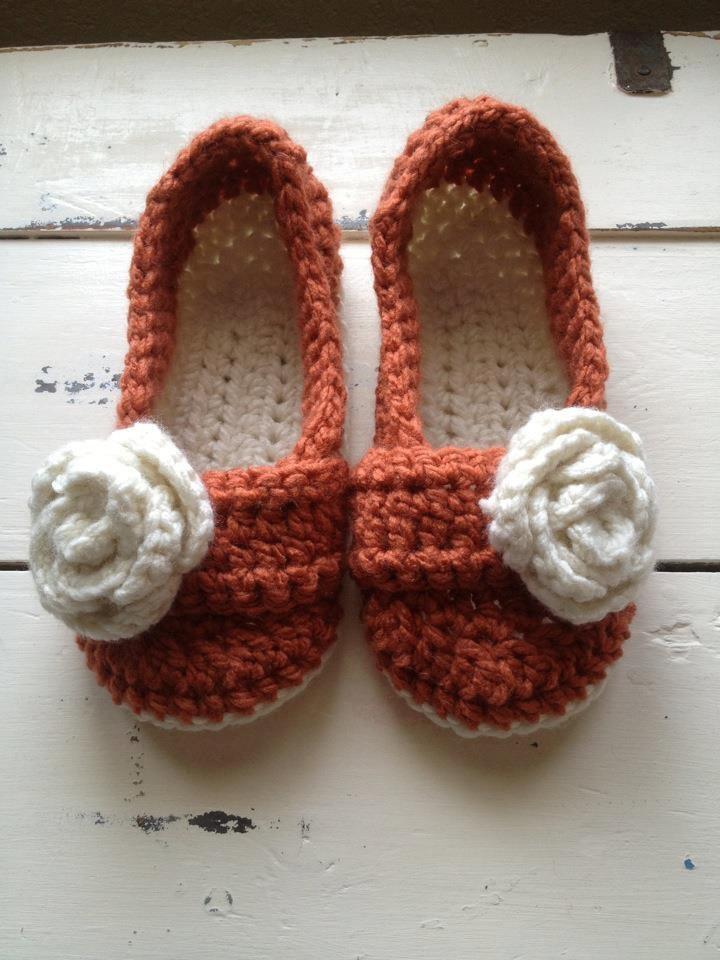 Womens slippers Crochet slippers Spa Slippers by LittleSnuggle www.etsy.com