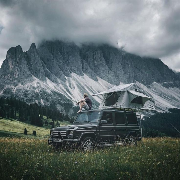 Mercedes G-Class travelling. Mountain view. Off road travel 2018 image. Professional vacation photo