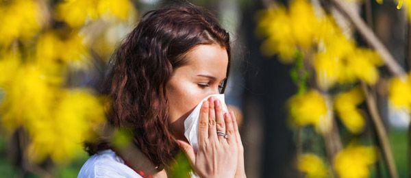 1 - À la une - Allergies au pollen : 5 gestes pour s'en protéger