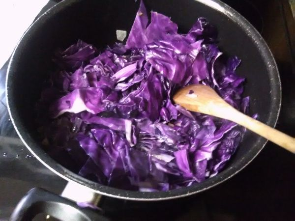 Who loves Purple cabbage?? Purple cabbage, more commonly known as red cabbage, has a relatively high ratio of nutrients and can be cooked and ate in numerous ways. The purple color in red cabbage c…