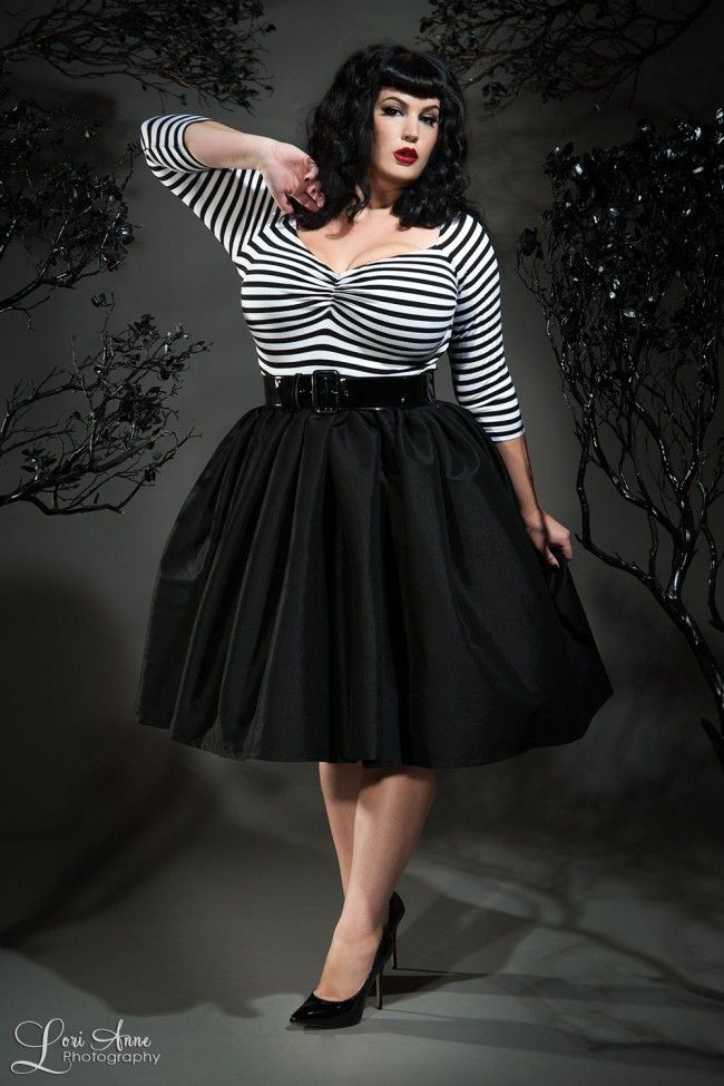 Jenny Skirt in Black Sharkskin Taffeta - Plus Size