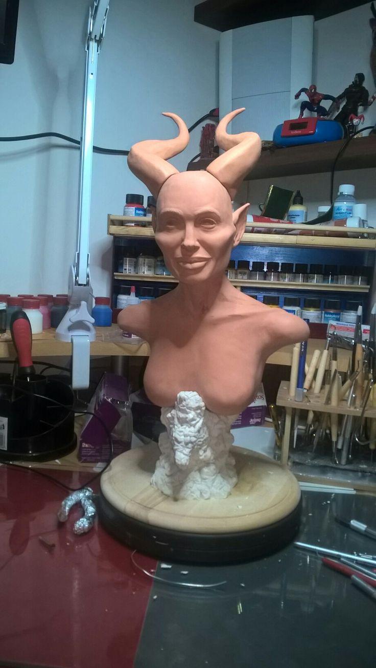 Maleficent .... stále rozpracovaná .  Unfinished