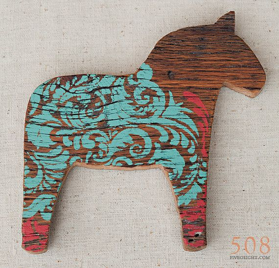 Lilla Vän: MEDIUM DALA HORSE ( painted wood animal silhouette, swedish decor)    http://www.etsy.com/listing/99338848/lilla-van-medium-dala-horse-painted-wood
