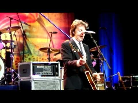 July 7, 2013 ~ Happy Birthday Ringo!! Paul McCartney Sings Birthday to Ringo Starr, Live 2010 Now this is how you throw a birthday party!!!!!!!!