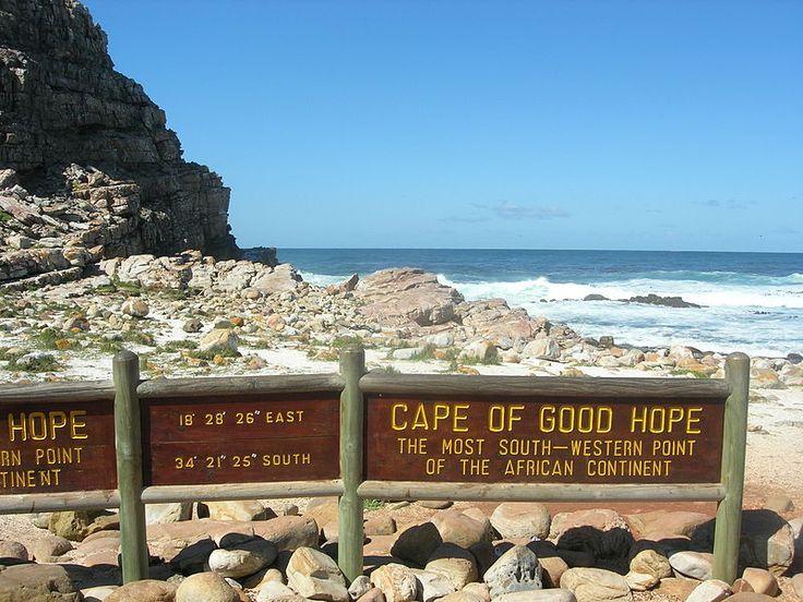 Cape of Good Hope.      Siga os turistas, sinta a brisa do mar e seja feliz. Vá sempre, vá todas as vezes em que estiver em CPT!