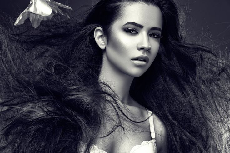 black and white beauty Download free addictive high quality photos,beautiful images and amazing digital art graphics about Addictive Babes.