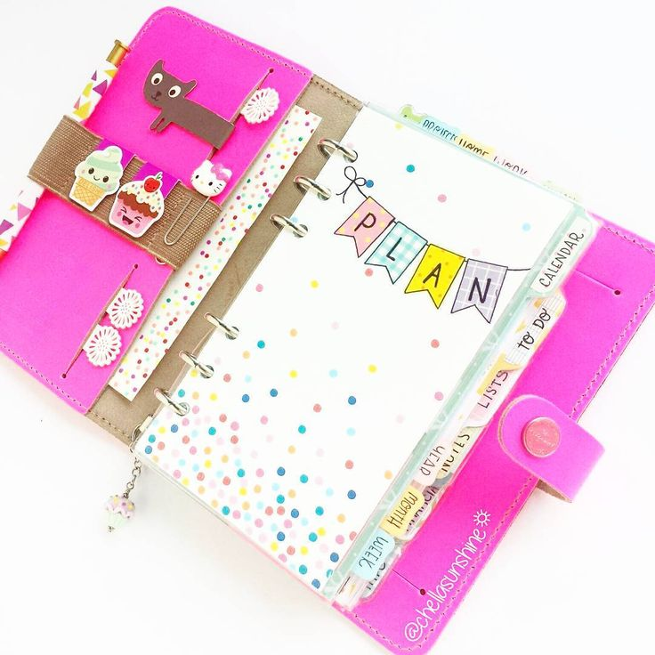 chellasunshine: Day 27: Keep this. Why, yes, I think I will! I still have all the original inserts and the plastic cover for this Filofax just in case I didn't like it or if it wasn't going to work for me...buuuuut. I love it I think I will keep it. #plannerdarlingspotd #filofax #filofaxoriginal #filofaxfluropink #fluropinkfilofax #planner #planning #plannerlove #planneraddict