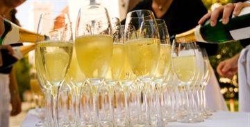 Champagnesmagning <br />Lørdag den 30. januar kl. 19.00 <br /> I ChampagneKælderen