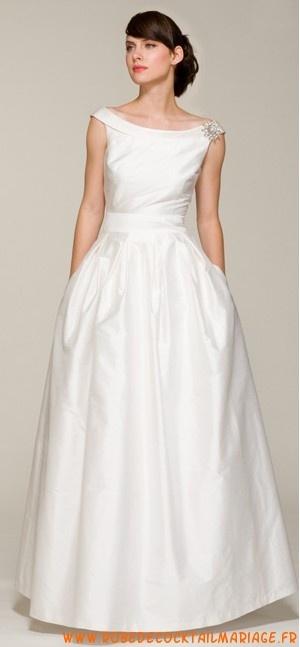 Acheter Belle robe en satin ornée de cristal robe d'élégance