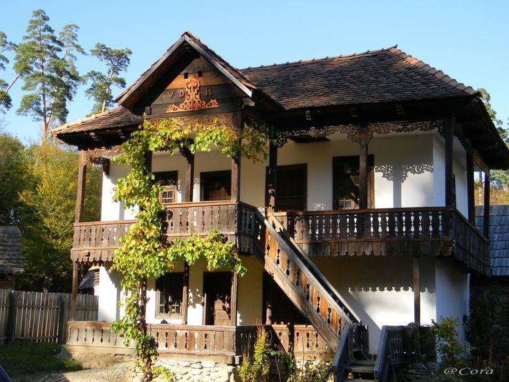 Muzeul Astra  http://calatorim.ro/patru-anotimpuri-aceeasi-destinatie-muzeul-satului-din-sibiu/