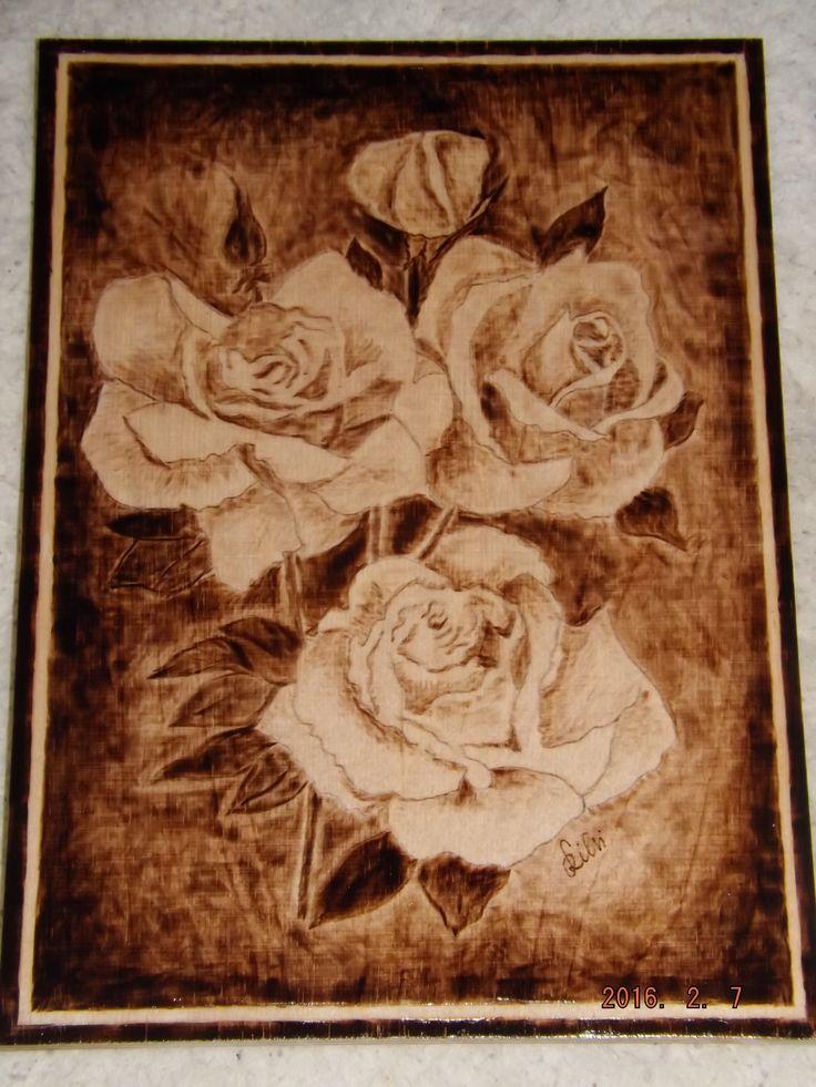 Rózsák-Pirogravírozva
