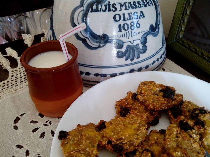 Galletas sin azúcar, sin grasa, sin leche, sin harina y con solo tres ingredientes por Claudia De Marrero
