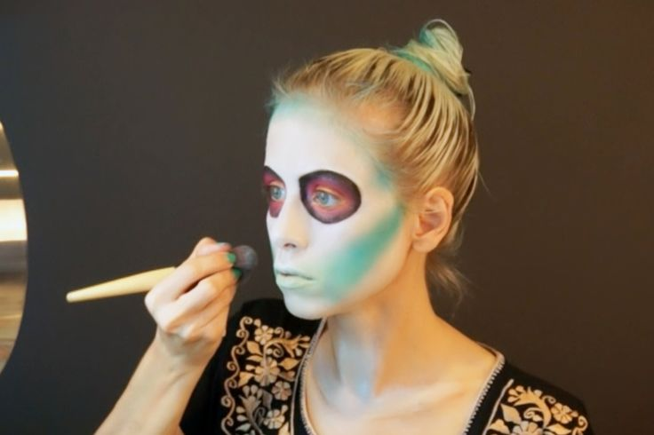 Sugar skull makeup tutorial | superholly