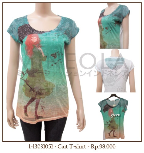 #MINEOLA Cait T-Shirt Green. One color only. Get this for only Rp.98.000,-   Fabrics: polyester Product code: 1-13031051 Bust: 90cm - Length: 67cm