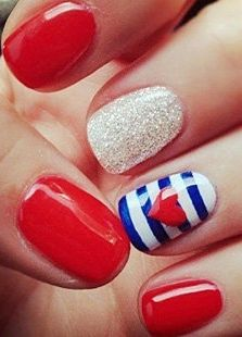 #usa #inspired #nailart #manicure - for more #beauty #inspiration, MyBeautyCompare Pinterest #rednails #stripes #glossy #americanbeauty #glamnails #sparkly #beautifulfingers #prettynails #prettyhands #summernails
