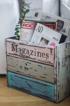 Muebles de madera Diy. Un revistero de estilo vintage