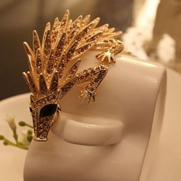 Amazing Golden Pangolin Chic Brooches Hot Sale  Item Code:#LGH10+Golden  Price: US$15.80  Shipping Weight: 0.12KG  cute, girl, fashion, clothing, pretty, accessories, style, jewelry