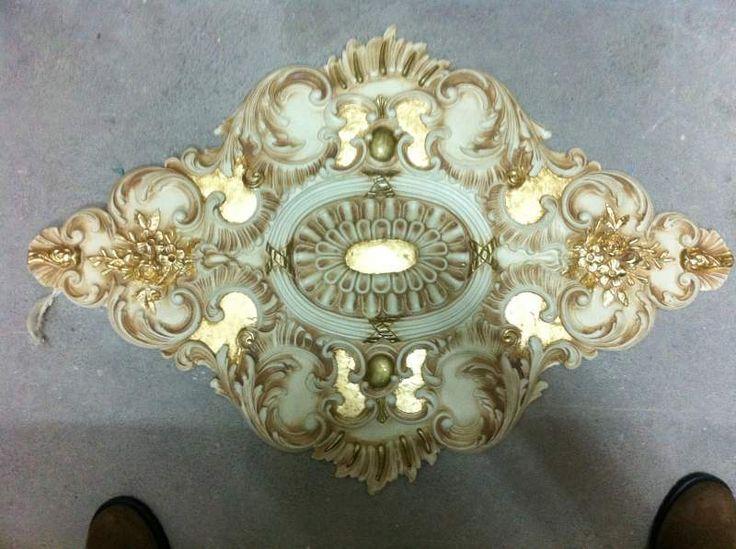 Rosone decorato R59 in oro foglia 4