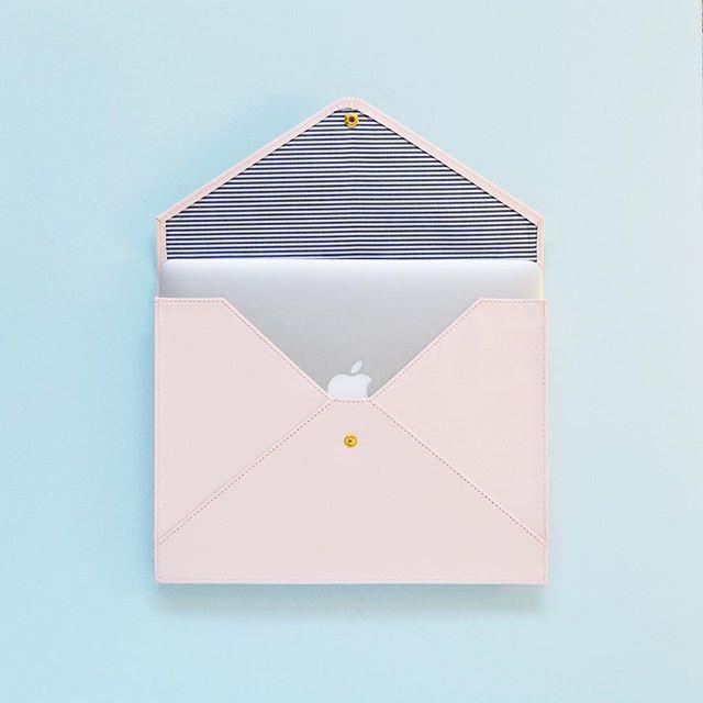 PSA: The new Sugar Paper LA x Target document hold…