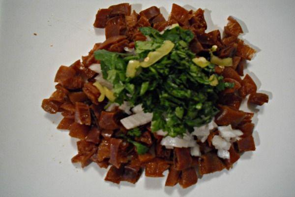 Ceviche de Cochayuyo Para las personas que no comemos mariscos, ni pescados, el cochayuyo es una muy buena opción para sentir ese delicioso sabor a mar, es por esto que...