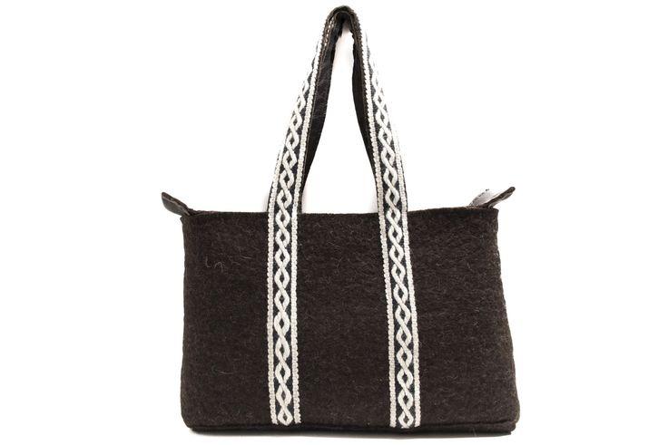 handmade felt tote bag with handwoven shoulderstraps