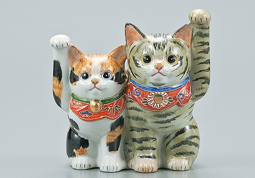 these guys are getting high-priced out of my collecting spending limit...too bad.... Japanese Lucky Cat Kutani Yaki Ware Porcelain Maneki Neko Kinsai MORI5 | eBay