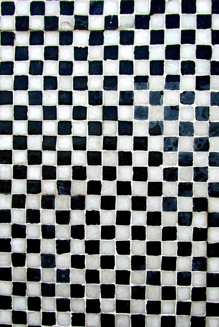 Tiles, Cervejaria Farol, Cacilhas, Portugal