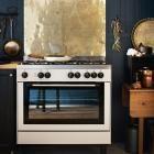 Messingplatte in der Küche
