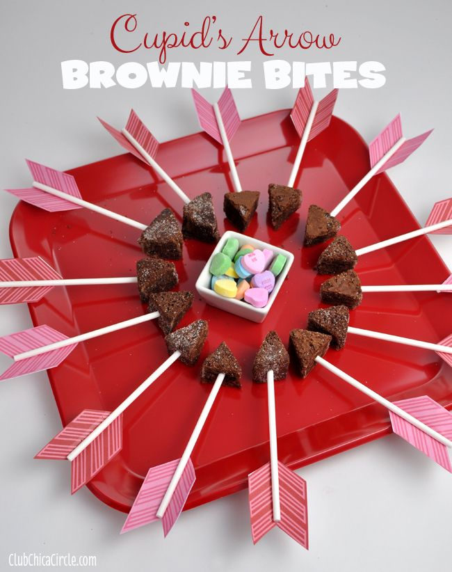 Cupids Arrow Brownie Bites Party Tray www.clubchicacircle.com #valentinesday #valentinestreats #semihomemade