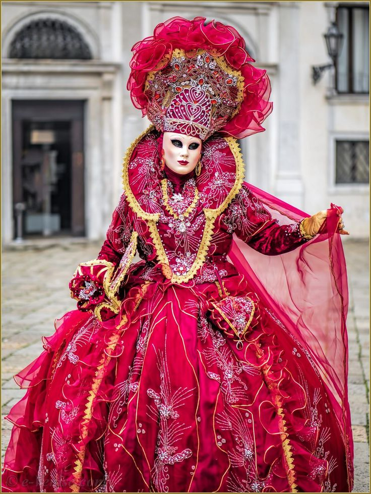 Ravishing in red ruffles at Carnaval of Venise 2016