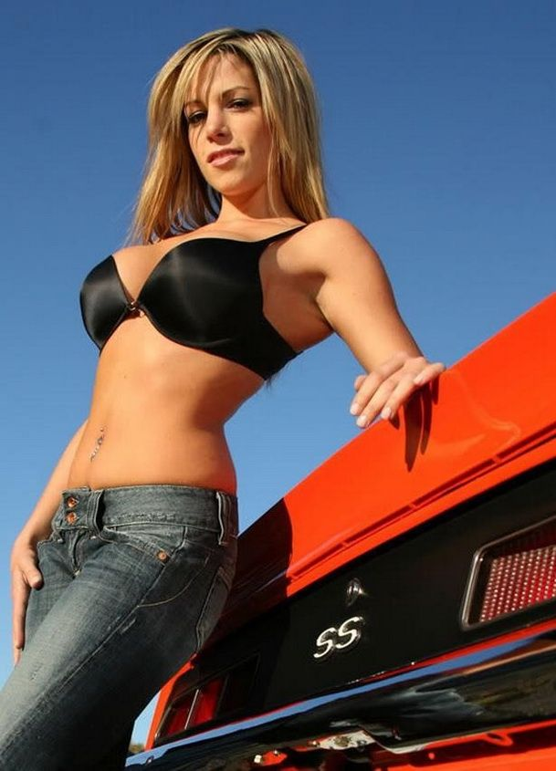 Cars naked girls hot