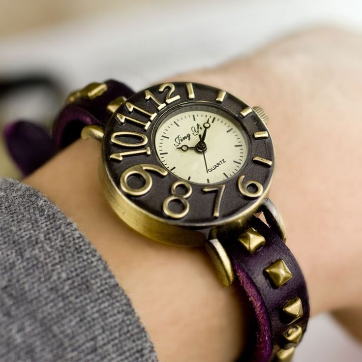 Dimensional Dial Leather Rivet Retro Watch for a big sale in bygoods.com