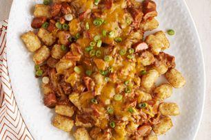 Essayez cette délicieuse recette de «Nachos» au chili, au fromage et aux saucisses à hot dog sur SaleWhale.ca, où vous trouverez aussi les ingrédients en solde dans les circulaires hebdomadaires des grandes épiceries.