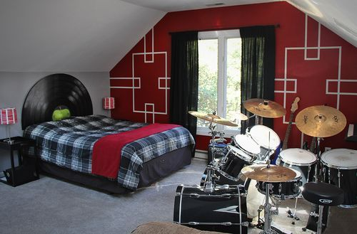 Rock n Roll, Music theme bedroom with Beatles vinyl record headboard by Diana Dellos blog
