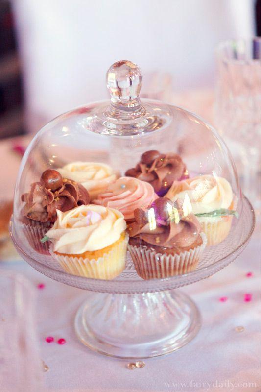 Mariage {Marine & Christophe} décoration mariage rose, photographe Fairy Daily, candy bar, bonbons, gourmand, gourmandise, cupcakes
