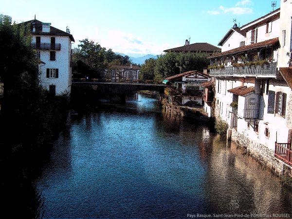 Pays Basque-Saint-Jean-Pied-de-Port©Yves ROUSSEL