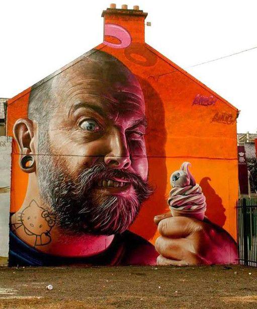 Street Artwork: Smug.