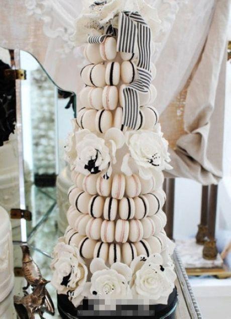 Happy Halloween! 18 amazing Tim Burton inspired wedding ideas   CHWV