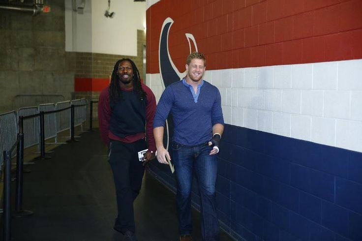 Arrival Photos: Texans vs. Patriots