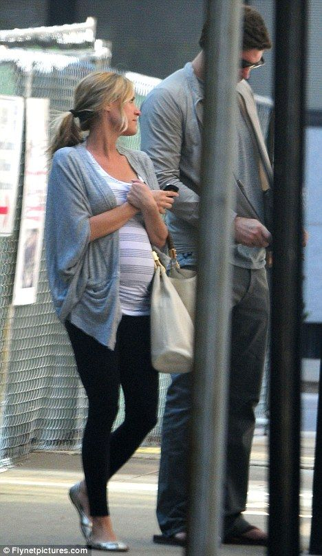 Cute maternity style: Kristin Cavallari I have a similar sweater but I'm still not sure I can pull off the leggings.