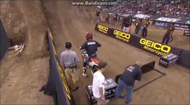Прыжки в высоту, Бубка отдыхает! Red Bull X Fighters   http://coub.com/view/5hrew