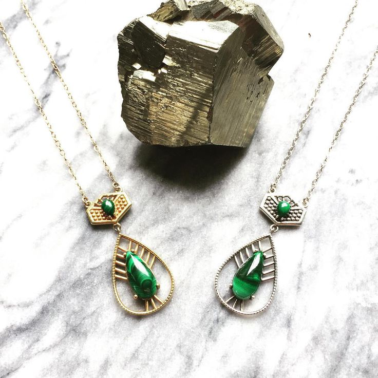 Believed to be a strong protection stone, malachite has been called 'the mirror of the soul' it will always reflect how you feel 💚 . .  #jewellery #nzdesign #uniquejustlikeyou #malachite #tppp #ethicaljewellery #fairluxe #heartproject#collaboration #friends #travel #India #inspiration #nzartists #nzjewellery #gold #silver