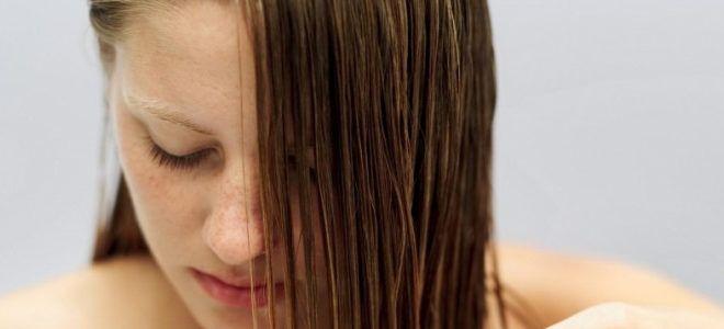 Il No Poo è un movimento che nasce negli USA e che promuove l'abbandono dell'uso dello shampoo per il lavaggio dei capelli e il ritorno a metodi naturali.