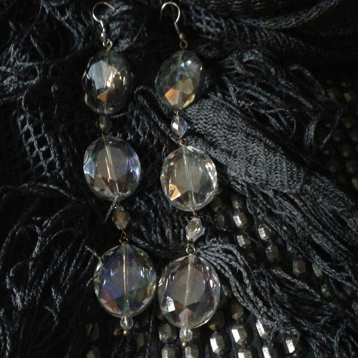 Orecchini in cristalli trasparenti bianchi